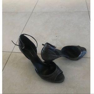 Elie Tahari Ankle Strap Sandal heel.